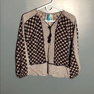 Francesca's patterned top